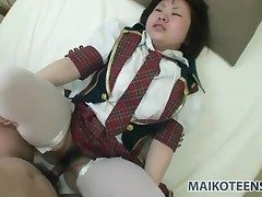 Japanese schoolgirl undimmed with a hot millstone