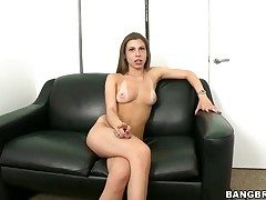 Extraordinaire brunette Jennifer Blaze on the casting couch