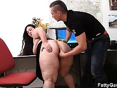 Bbw and client have fucky-fucky in office