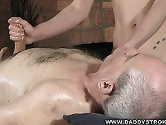 Daddys Fave Massure