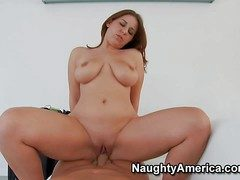 Lexxxi Lockhart is a brown haired curvy get hitched go on wool-gathering is