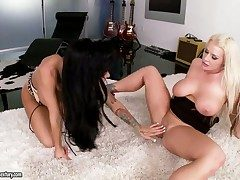 Horny alluring lezzies Angelina Valentine surrounding an too for Sadie Swede